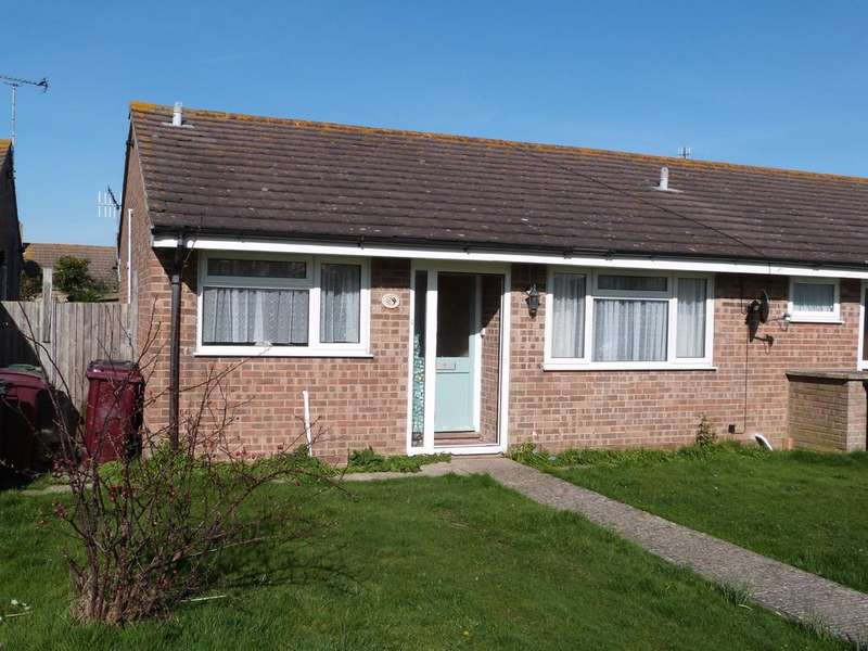 2 Bedrooms Terraced Bungalow for sale in Slattsfield Close, Selsey