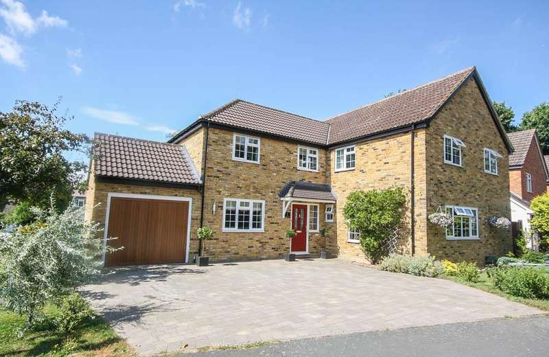 5 Bedrooms Detached House for sale in Billericay CM11