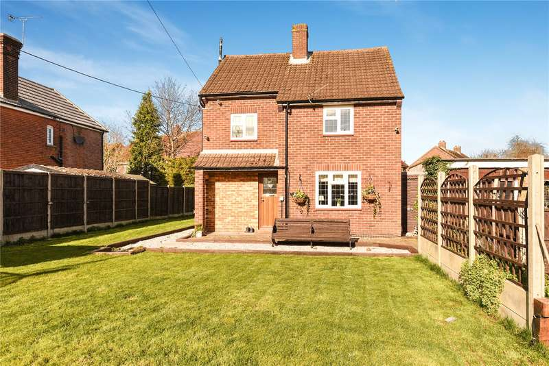 3 Bedrooms House for sale in Breakspear Road North, Harefield, Middlesex, UB9