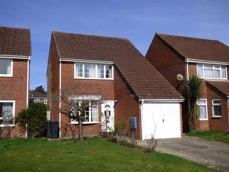 3 Bedrooms Detached House for sale in Cerne Close, Bournemouth, Dorset
