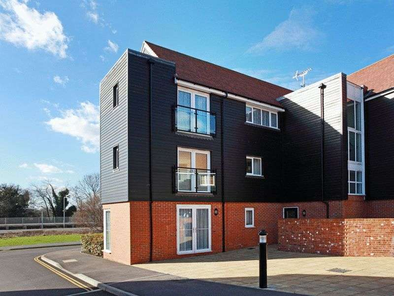 1 Bedroom Flat for sale in Mead Lane, Buxted, East Sussex