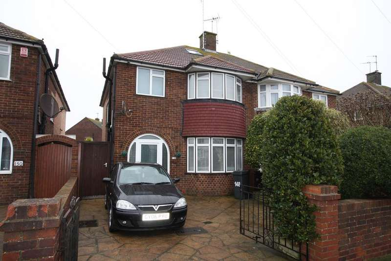 3 Bedrooms Semi Detached House for sale in Ringwood Road, Eastbourne BN22