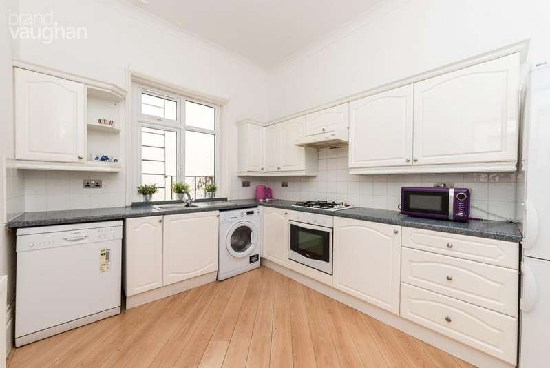 4 Bedrooms Maisonette Flat for rent in College Road, Brighton, BN2