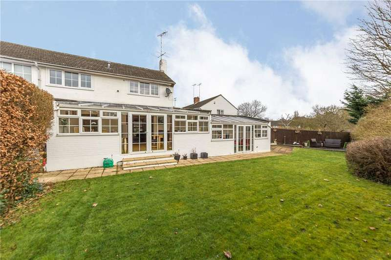 3 Bedrooms Semi Detached House for sale in Moorside, Welwyn Garden City, Hertfordshire