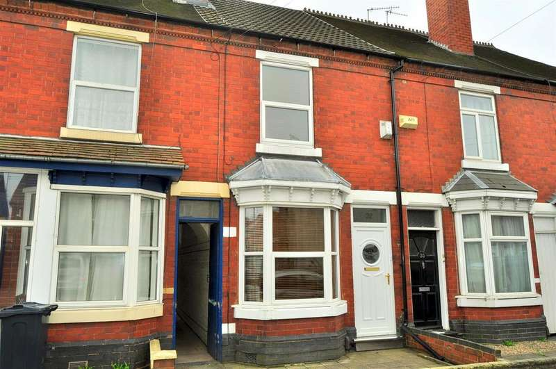 3 Bedrooms Terraced House for sale in Station Road, Cradley Heath