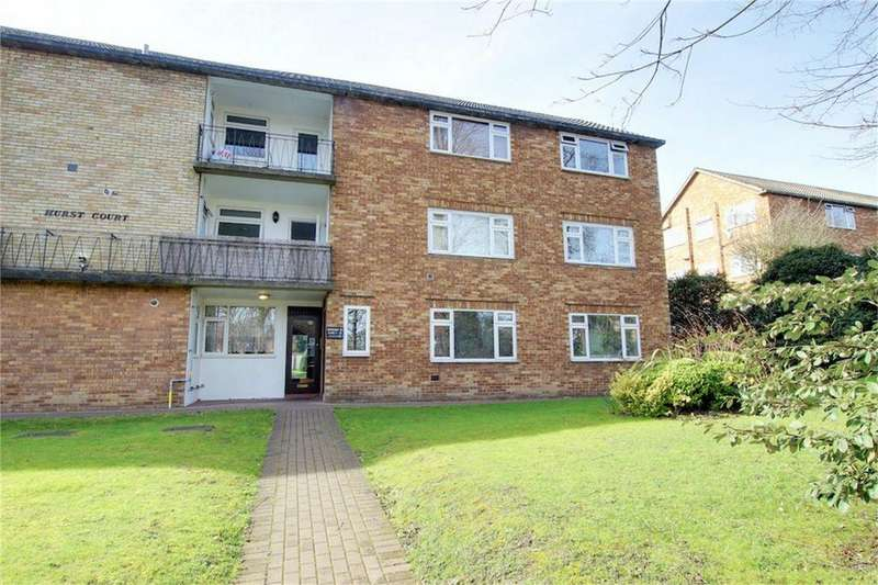 2 Bedrooms Flat for sale in Hurst Court, Snakes Lane, Woodford Green, Essex