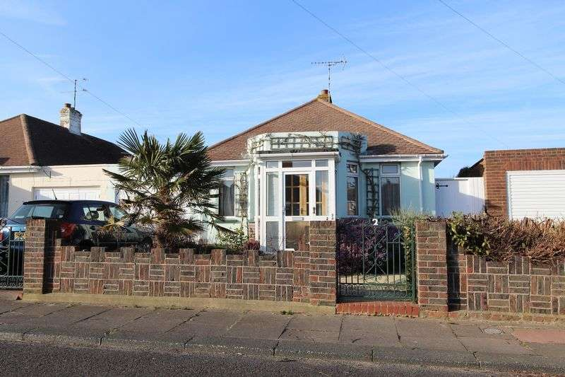 2 Bedrooms Detached Bungalow for sale in Keymer Crescent, Worthing