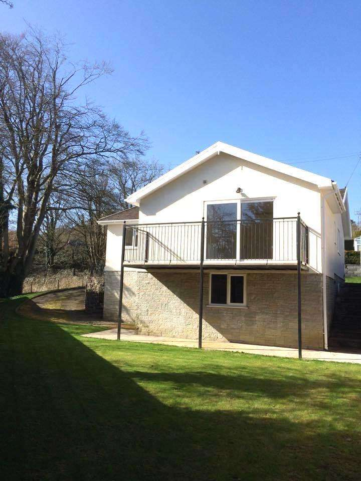 3 Bedrooms Detached Bungalow for sale in Station Road, Rhayader