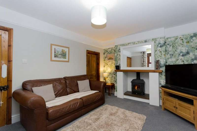 3 Bedrooms Detached House for sale in Yarl View, Ainslie Street, Dalton-In-Furness