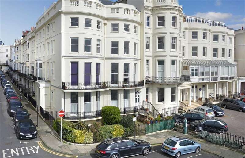 2 Bedrooms Flat for sale in Marine Parade, Brighton