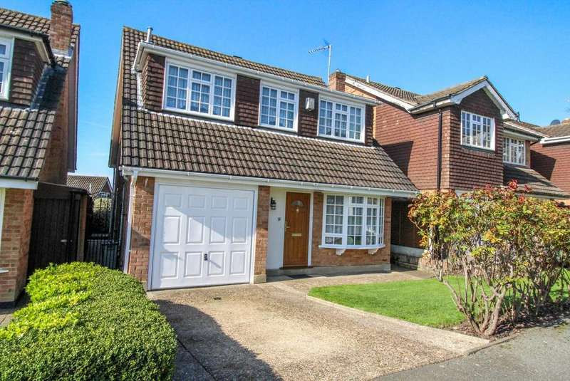 4 Bedrooms Detached House for sale in The Terlings, Brentwood, Essex, CM14