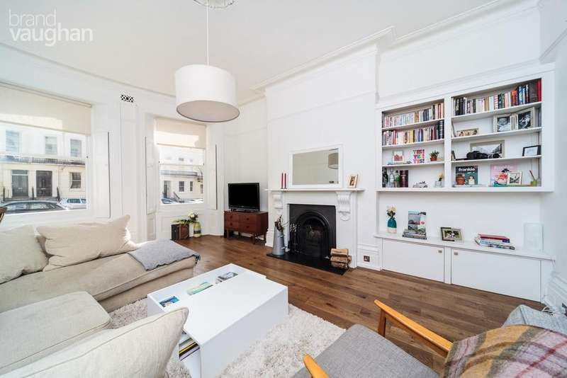 2 Bedrooms Apartment Flat for sale in Brunswick Place, Hove, BN3