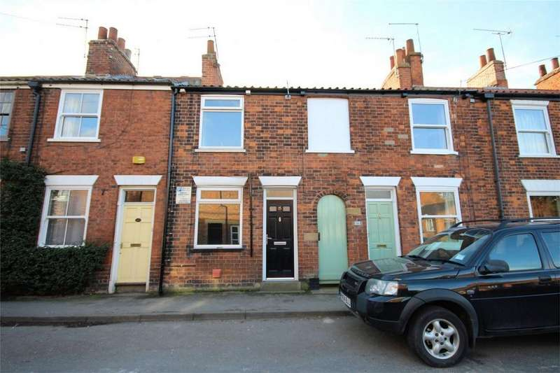 2 Bedrooms Terraced House for sale in Albert Terrace, Beverley, East Riding of Yorkshire