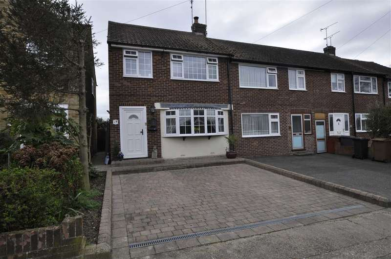 3 Bedrooms End Of Terrace House for sale in Rose Glen, Chelmsford