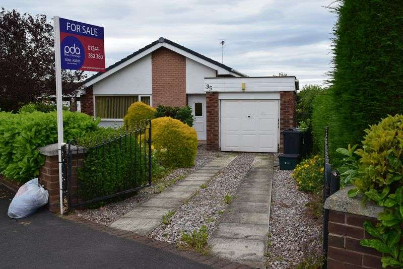 3 Bedrooms Detached Bungalow for sale in The Ridings, Chester