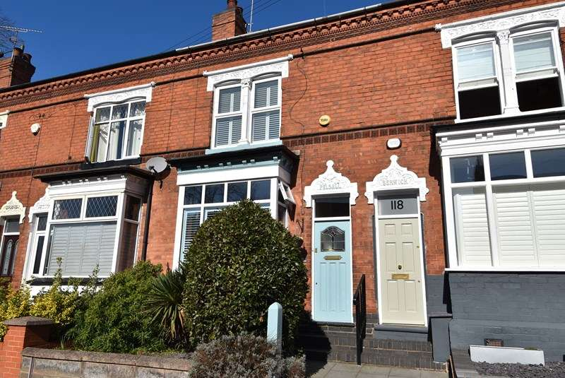 4 Bedrooms Terraced House for sale in Beaumont Road, Bournville, Birmingham