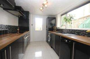 1 Bedroom Flat for sale in Meeching Road, Newhaven, East Sussex
