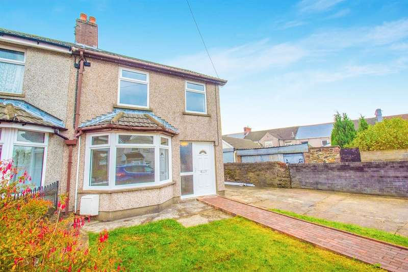 3 Bedrooms Semi Detached House for sale in Penybryn Avenue, Cefn Fforest, Blackwood