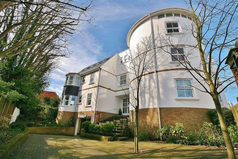 1 Bedroom Flat for sale in St Vincent Road, Southsea