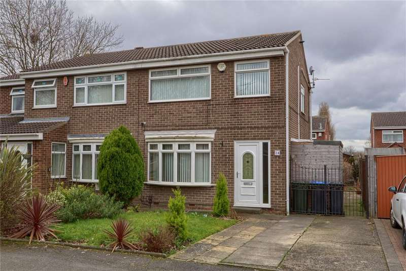 3 Bedrooms Semi Detached House for sale in Nimbus Close, Marton Manor