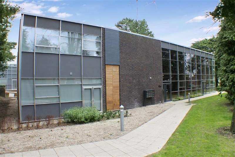 Studio Flat for sale in Nellis Hall, St Albans, Hertfordshire