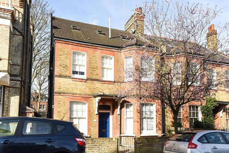 2 Bedrooms Flat for sale in Bishops Road, Highgate, N6