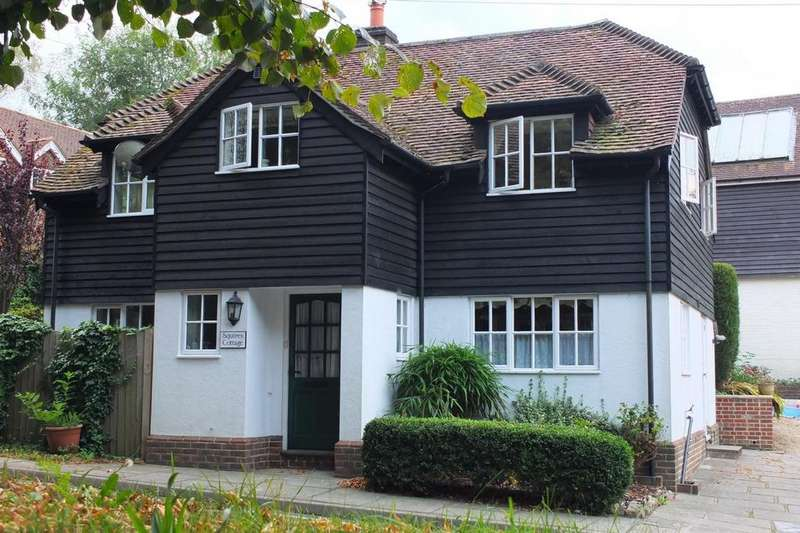 3 Bedrooms House for sale in Haywards Heath Road, Balcombe, RH17