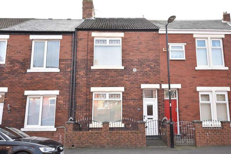 2 Bedrooms Terraced House for sale in Primrose Crescent, Fulwell