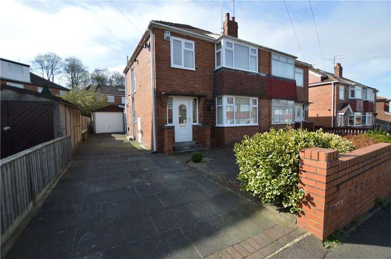 3 Bedrooms Semi Detached House for sale in Hollyshaw Crescent, Leeds, West Yorkshire