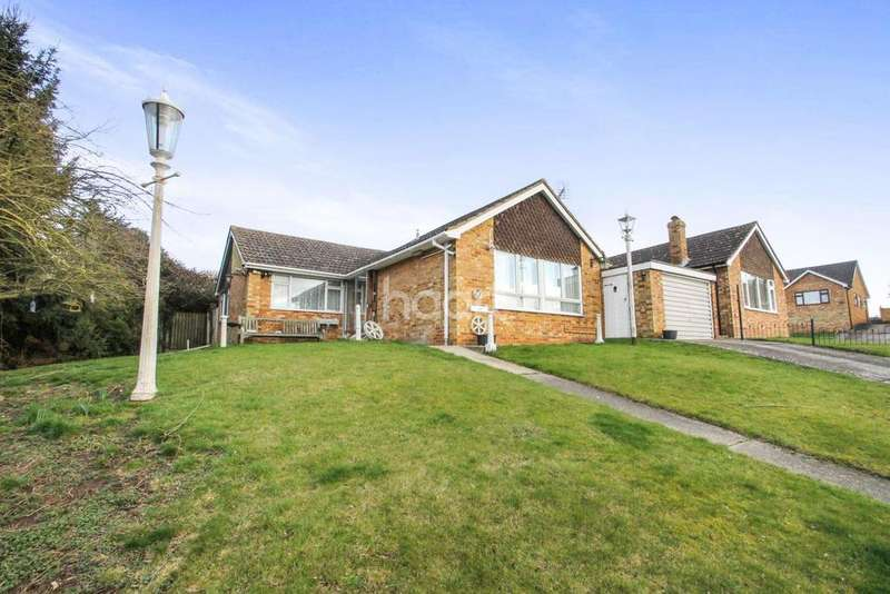 3 Bedrooms Bungalow for sale in Butlers Way, Great Yeldham