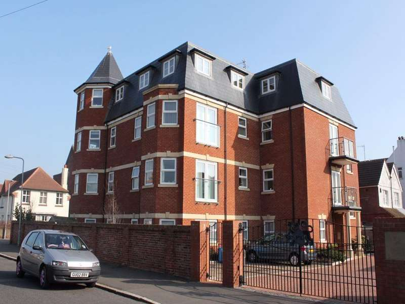 2 Bedrooms Flat for sale in Dorchester Court, Dorset Road South, BEXHILL-ON-SEA, East Sussex