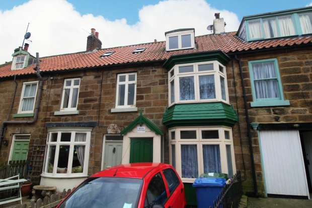 2 Bedrooms Cottage House for sale in High Street, Staithes, North Yorkshire, TS13 5BQ