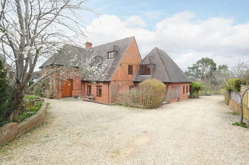 5 Bedrooms Detached House for sale in Bratton, Wiltshire, BA13 4RQ