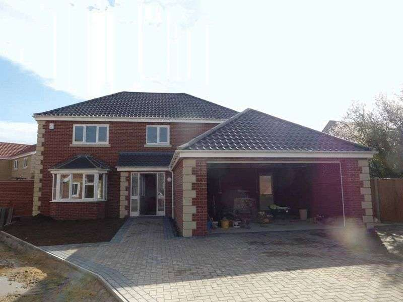 4 Bedrooms Detached House for sale in Bradwell