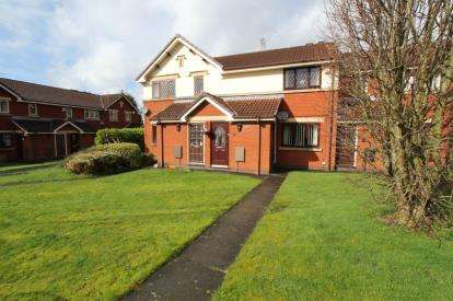 1 Bedroom Flat for sale in Fieldfare Way, Limehurst Estate, Ashton-Under, Greater Manchester
