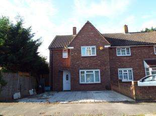 3 Bedrooms House for sale in Warbank Crescent, New Addington, Croydon