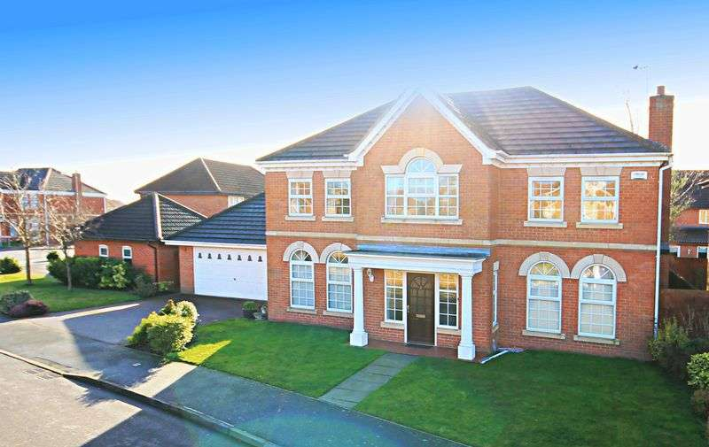 5 Bedrooms Detached House for sale in BRAMBLEWICK DRIVE, HEATHERTON VILLAGE.