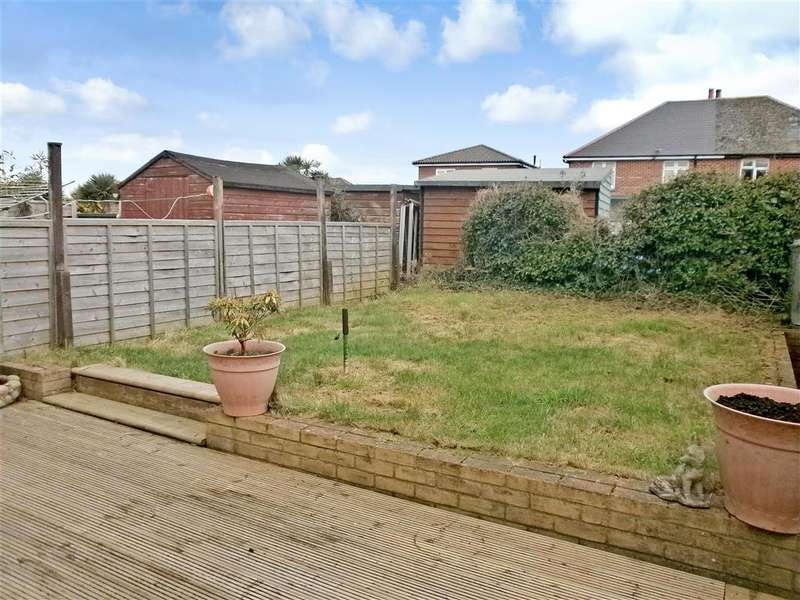 3 Bedrooms Semi Detached Bungalow for sale in Yarborough Close, Godshill, Ventnor, Isle of Wight