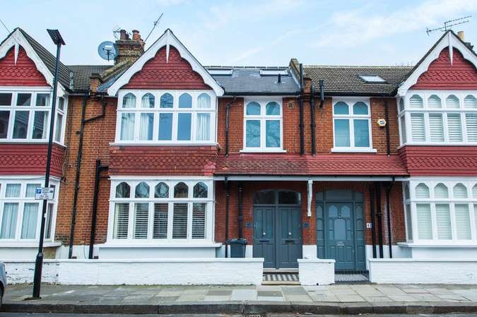 1 Bedroom Flat for sale in Merton Avenue, Chiswick