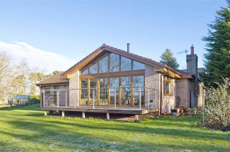 4 Bedrooms Detached Bungalow for sale in West Drive, Longridge, Berwick-Upon-Tweed, Northumberland