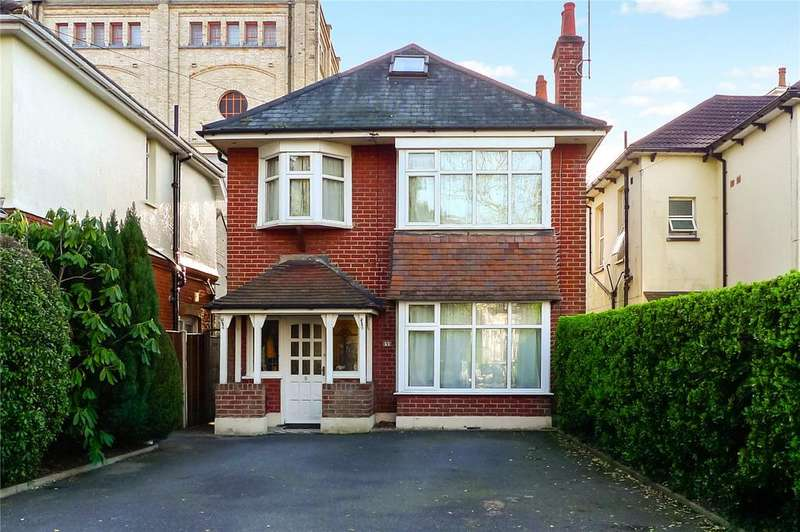 3 Bedrooms Detached House for sale in Alum Chine Road, Bournemouth, Dorset, BH4