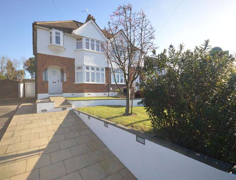 3 Bedrooms Semi Detached House for sale in Hook Road, Chessington, KT9