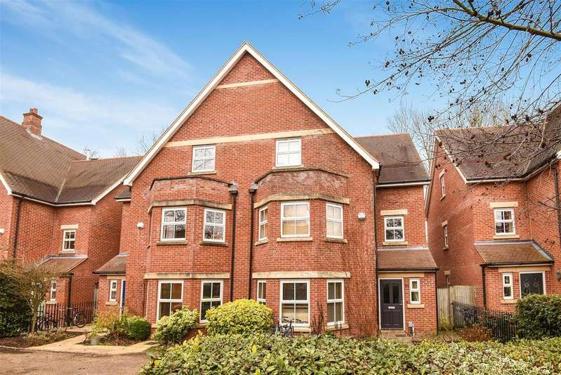 4 Bedrooms Semi Detached House for sale in Frenchay Road, Central North Oxford