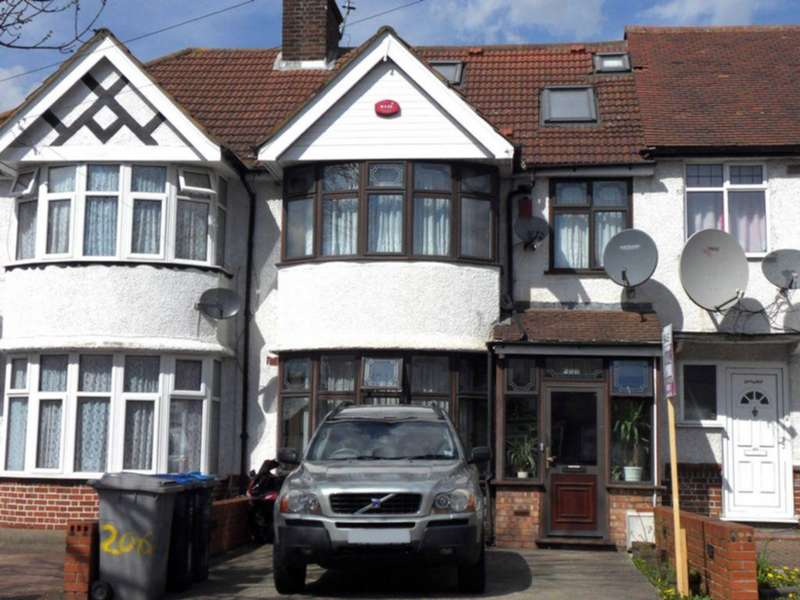 4 Bedrooms House for sale in Princes Avenue, Kingsbury, NW9