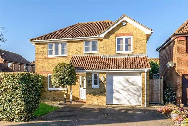 4 Bedrooms Detached House for sale in Warren View, Ashford, Kent