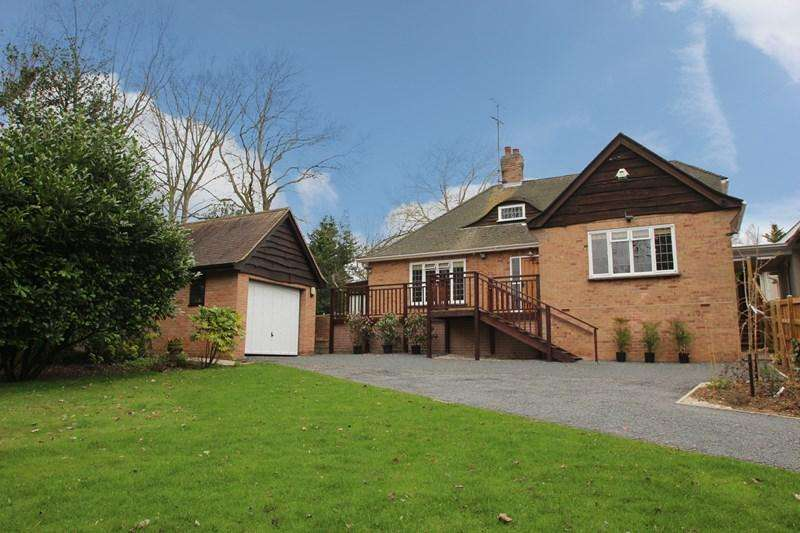 4 Bedrooms Link Detached House for sale in Colchester Road, Colchester