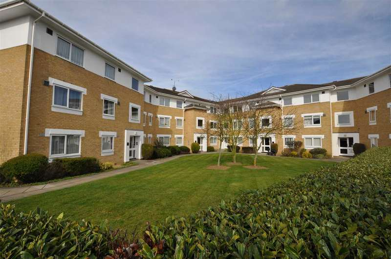 2 Bedrooms Apartment Flat for sale in Grange Court, Chelmsford