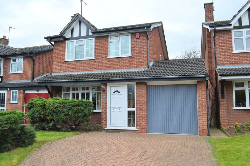 3 Bedrooms Detached House for sale in Birchwood Road, Lichfield