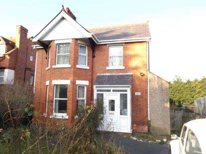 4 Bedrooms Detached House for sale in Conway Road, Colwyn Bay, Conwy, LL29