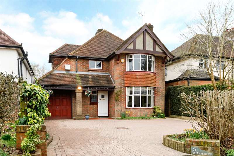 4 Bedrooms Detached House for sale in Ashley Green Road, Chesham, Buckinghamshire, HP5